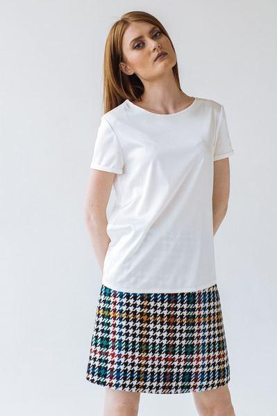 Женская футболка из искусственного шелка молочная
