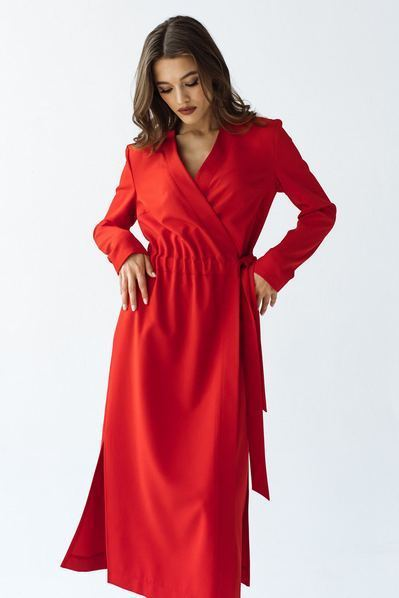 Красное миди платье с разрезами на запах