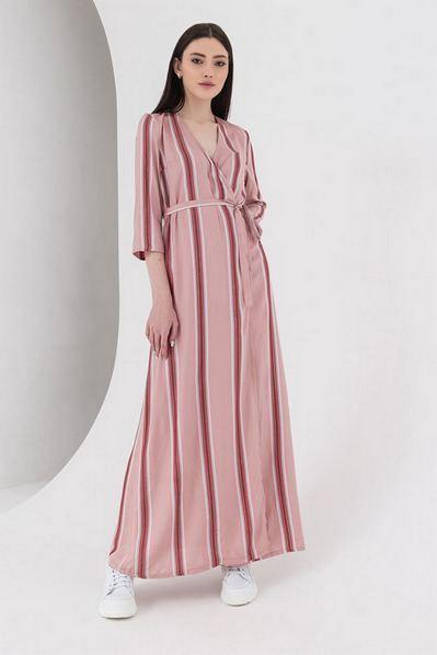 Длинное платье с запахом фрезово-пудровая полоска с люрексом