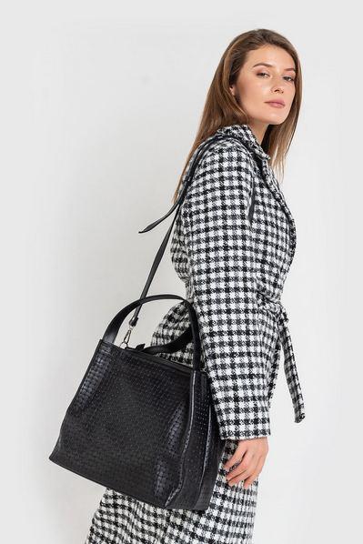 Черная сумка кожаная с плетением