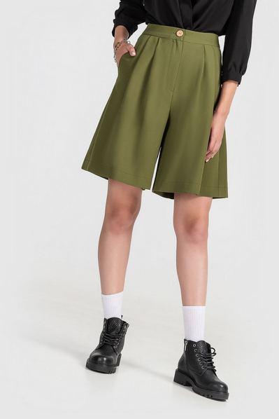 Женские шорты бермуды оливковые