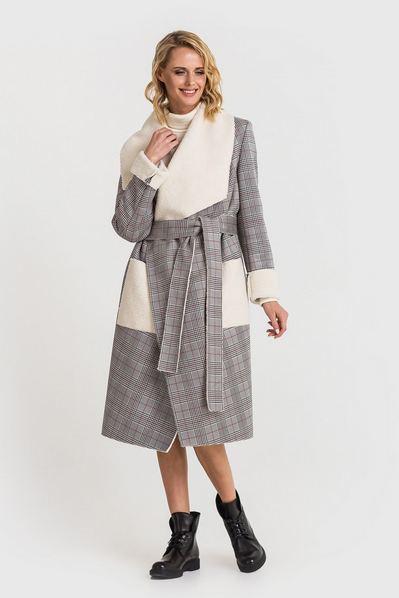 Женское пальто с ассиметричным воротником из искусственной овчины в серую клетку