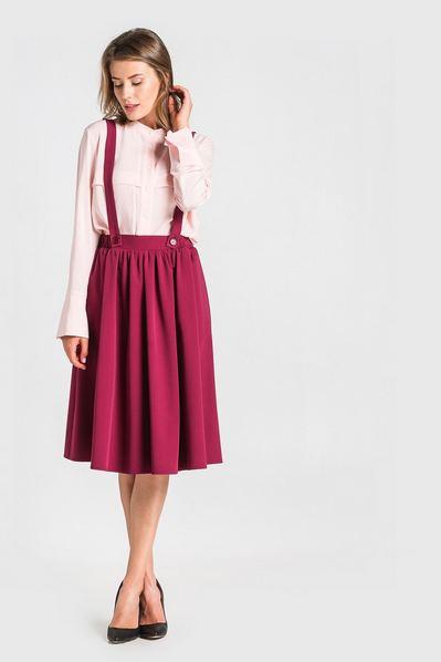 Ягодная юбка с бретелями из костюмной ткани