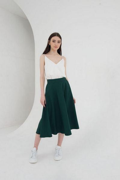 Миди юбка полусолнце на зеленом