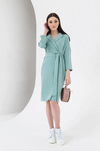 Платье с поясом и запахом цвета шалфея