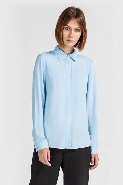 Штапельная блузка женская небесная