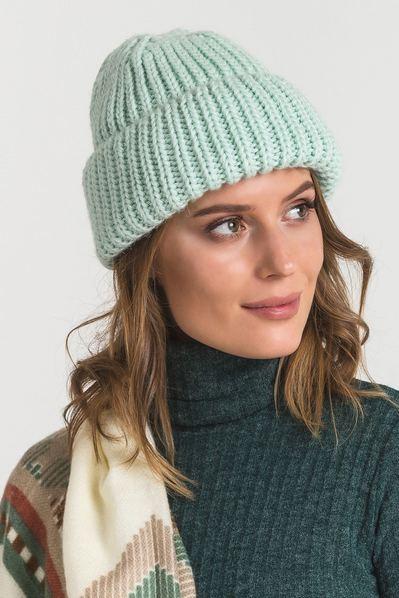 Вязаная шапка с манжетом в полоску мятная