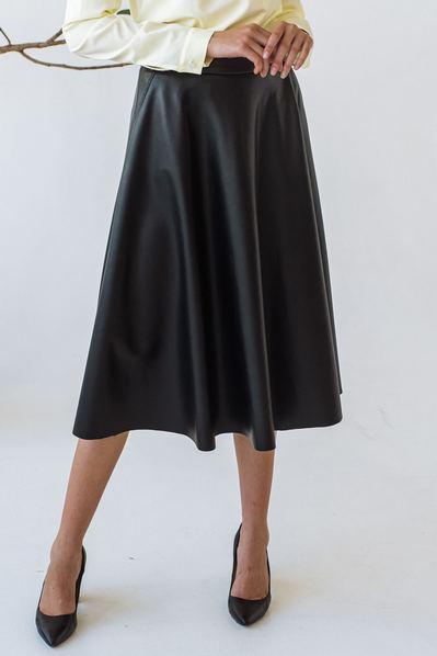 Женская юбка полусолнце из эко-кожи черная