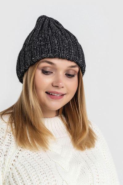 Вязаная шапка черная с люрексом