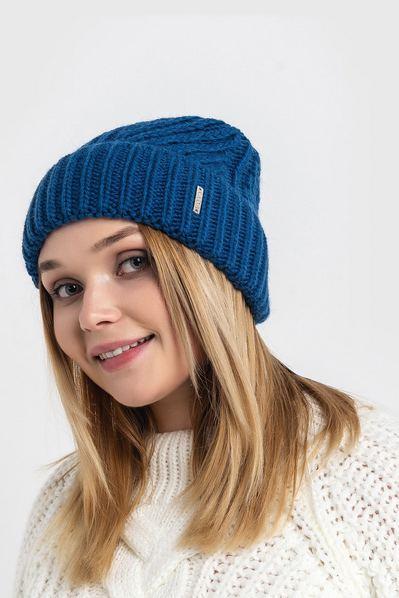 Вязаная шапка синяя джинс