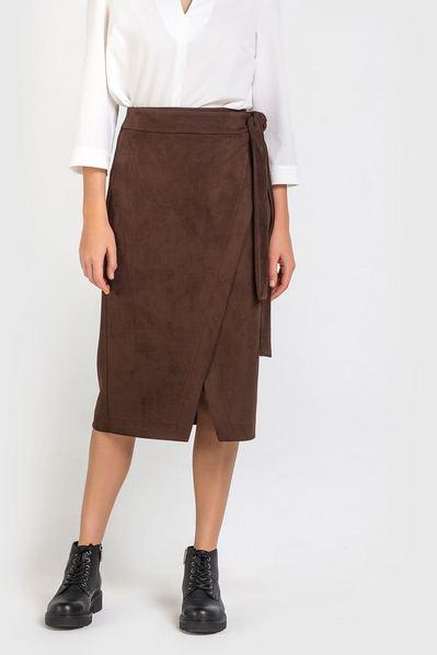 Замшевая юбка с запахом кофейная