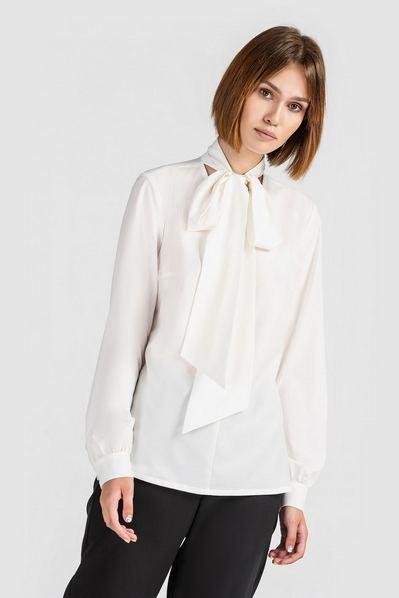 Женская блузка с завязками молочная