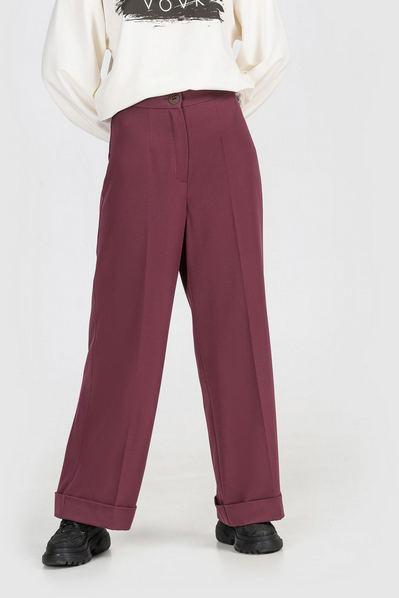 Женские брюки клеш из костюмной ткани сливовые