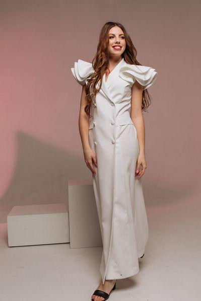 Вечернее макси платье-жакет с воланами молочного цвета