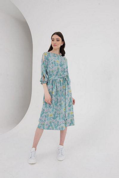 Платье до колен с разрезами на рукавах в полевые цветы бирюзовое