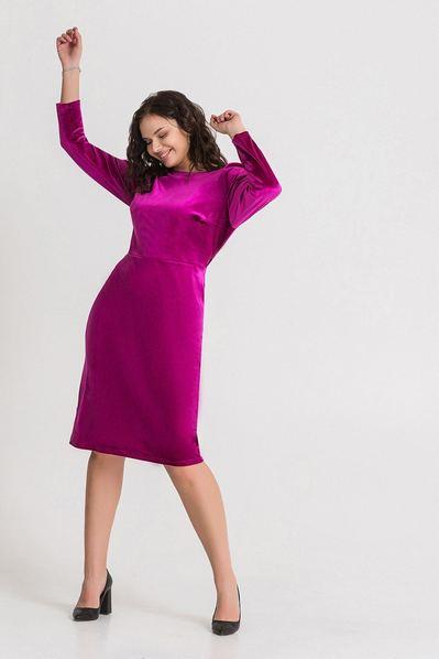 Велюровое платье ниже колена ягодное большой размер