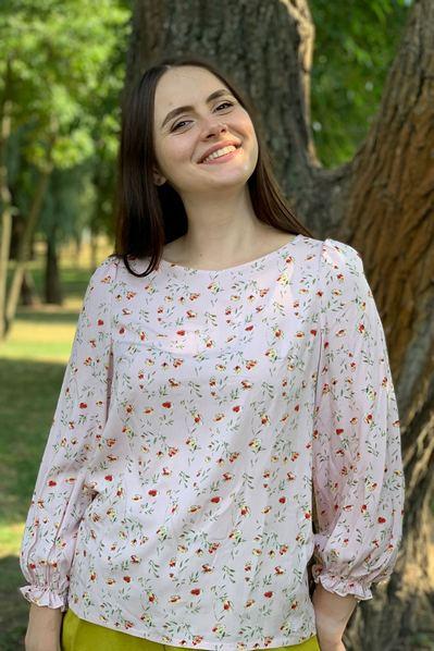 Женская блуза весение цветы на фрезовом