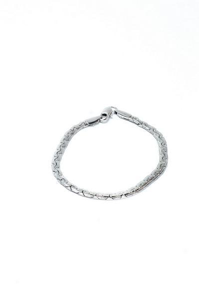 Серебристый браслет косичка