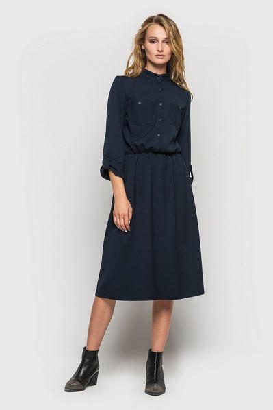 Темно-синее платье-рубашка из костюмной ткани с принтом гусиная лапка