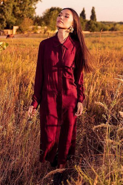 Бордовое платье-рубашка из плотного штапеля