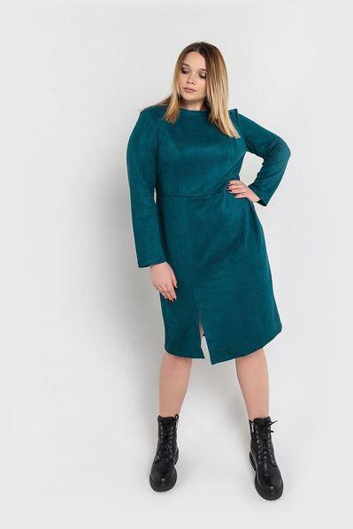 Замшевое платье футляр до колен изумрудное большой размер